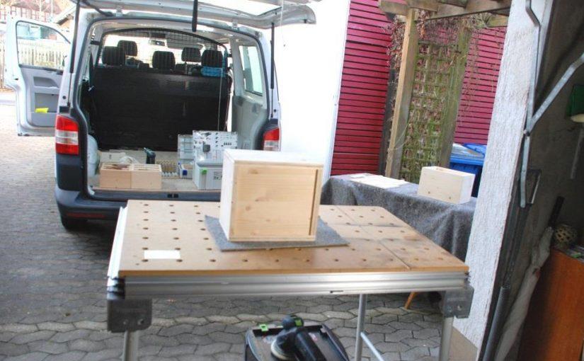 Werkzeug Checkliste für ein Holzprojekt im Freien
